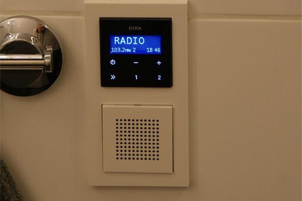 luxe-doucheradio-inbouw3ED0D0AD-5540-DBDB-F14D-4084E9047427.jpg